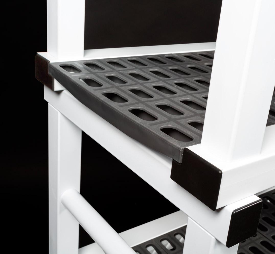 Detalle Estantería Modular Planchas Perforadas de PVC